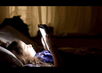 smartphone-luce-notte